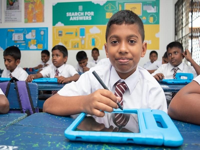 english-language-lab-in-Indian-schools-1