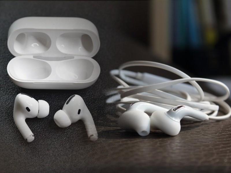 wired-earphones-vs-wireless-earphones