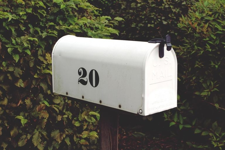 ask neighbours to collect mails